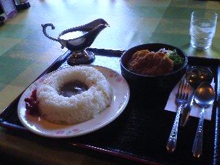 【写真】明治カツカレー