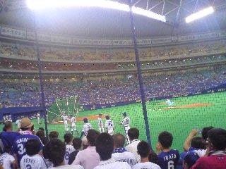 【写真】ルビー席は一塁ベースにとても近いため迫力がある。