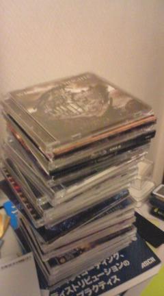 【写真】1枚1,000円前後で大量に買ったCD