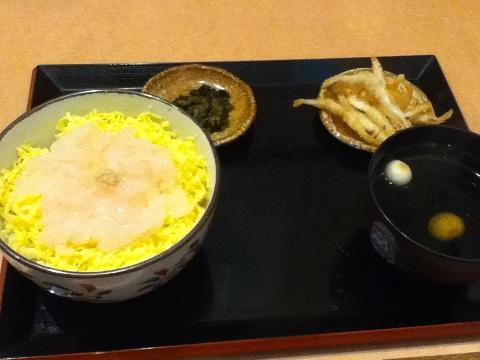 【写真】白えび刺身丼