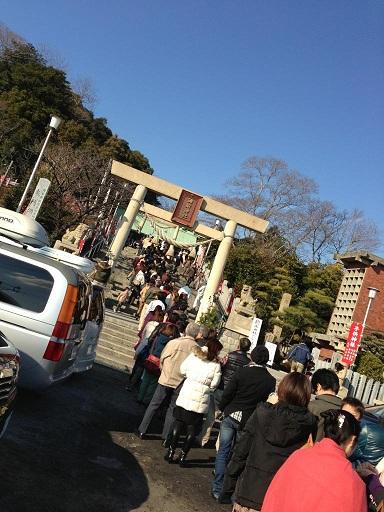 【写真】参拝客で賑わう神前神社