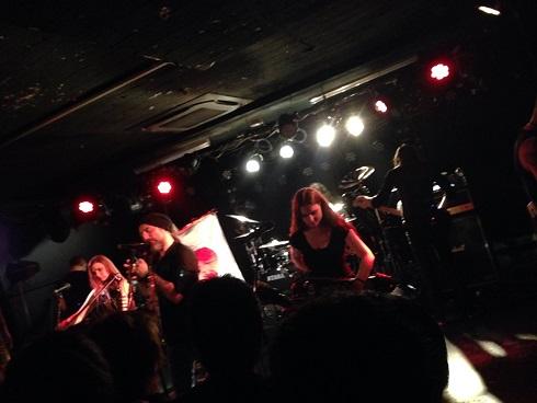 【写真】Eluveitieのステージ。