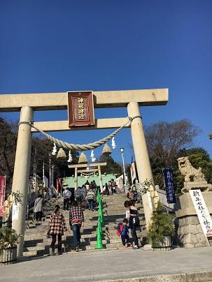 【写真】神前神社へ参拝