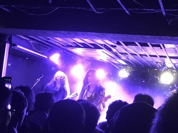 【写真】Alcestのステージ