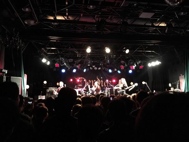 【写真】Temperanceのステージ