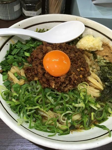 【写真】台湾まぜそばでトロ肉だけどけた状態
