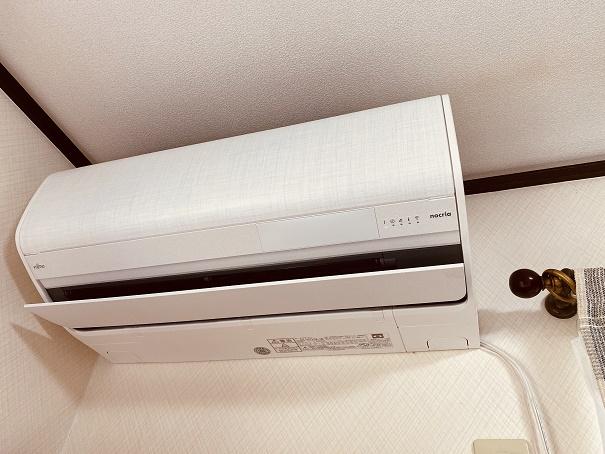 【写真】導入したエアコンの室内機